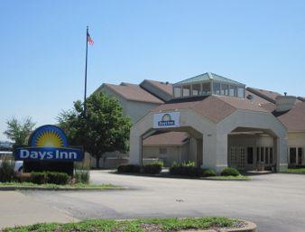 Clubhouse Inn & Suites - St Louis